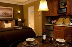 250Garden-Cottage-Table-Morning-Kitchen1